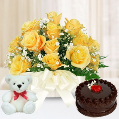 10 Yellow Roses, 1/2Kg Cake & 6 inch Teddy